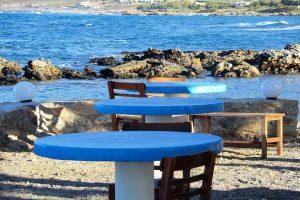 Kreta Tische direkt am meer