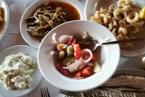 Kreta Taverne reichhaltiger Kreta Tisch