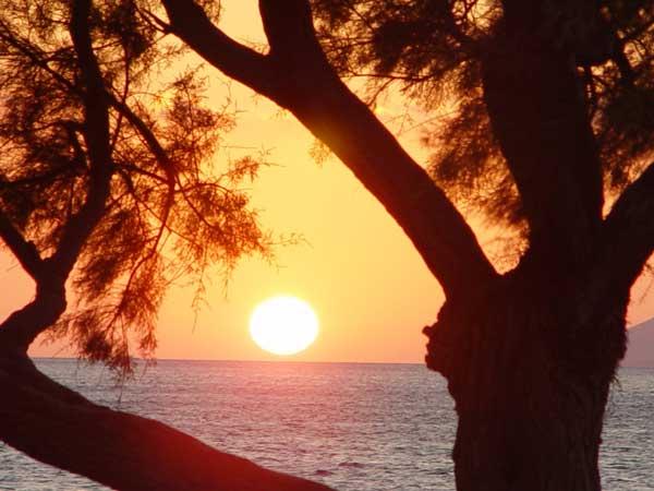 einmaliger kretischer Sonnenuntergang in Flisvos